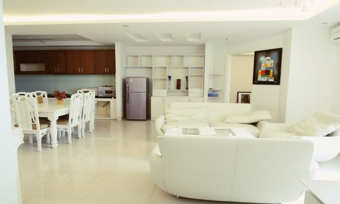 3 Bedrooms Apartment For Rent In Central Garden Building