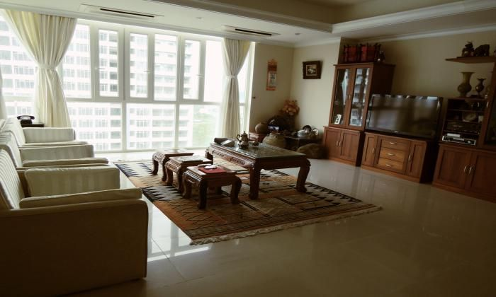 Beautifully Furnished Apartment for rent in Imperia Building