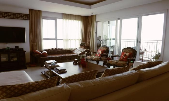 Stunning Three Bedroom Apartment For Rent In Xi Riverview District 2