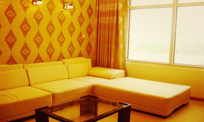 Good Felling in Two Bedrooms Saigon Pearl Apartment For Rent BinhThanh