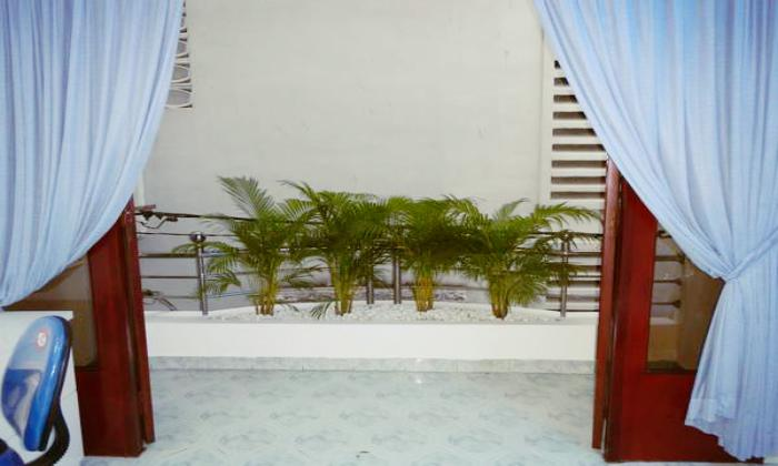 Four Bedrooms Townhouse For Lease on Le Thi Rieng St, Dist 1, HCMC