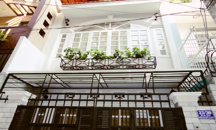 Three Bedrooms House Leasing on Dang Van Ngu Street, Dist 1, HCMC