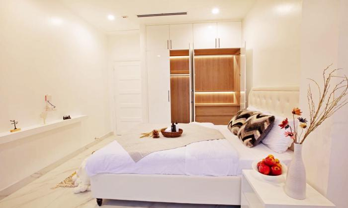 Stunning Two Bedroom Serviced Apartment in Nguyen Van Thu District 1 HCMC