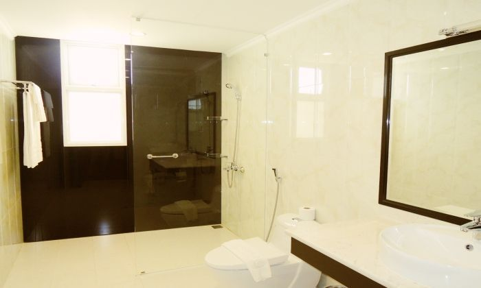 Compass Living For Rent on Nguyen Du St, District 1, HCM City