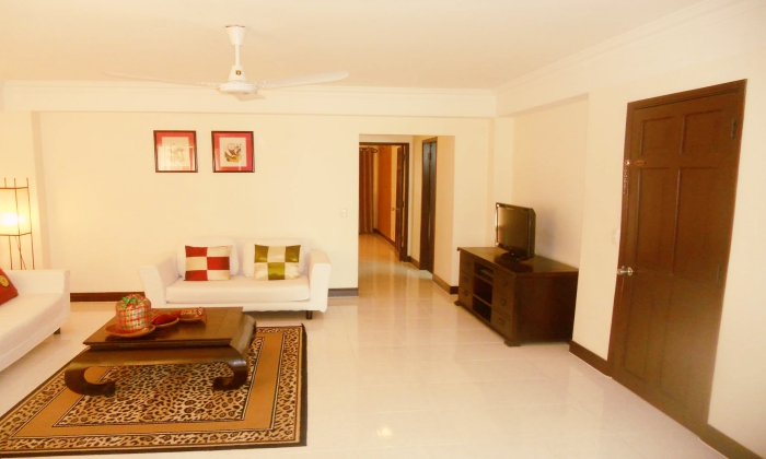 Luxury Interior 2 Bedrooms Valentina Court Serviced Apartment For Rent