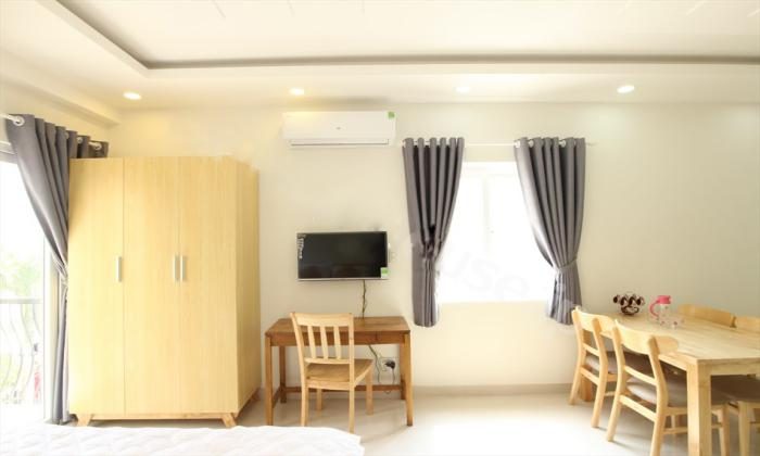 Studio Serviced Apartment in Thao Dien District 2 Offers Stunning Balcony