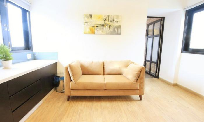 One Bedroom Apartment Facing to Canal in Hoang Sa St District 3 HCMC