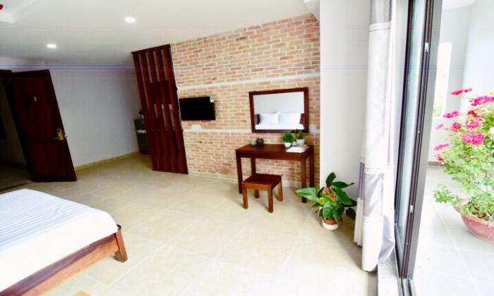Amazing Balcony Studio Apartment in Tan Binh District Ho Chi Minh City