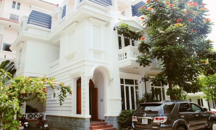 Fully Furnished Villa For Rent in Compound Tran Ngoc Dien District 2 HCM City